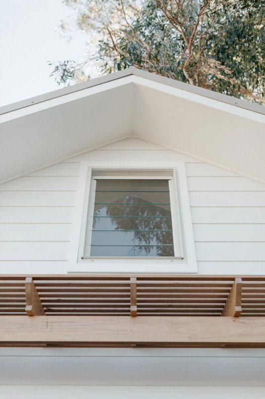 Details of custom awning in Tasmanian Oak