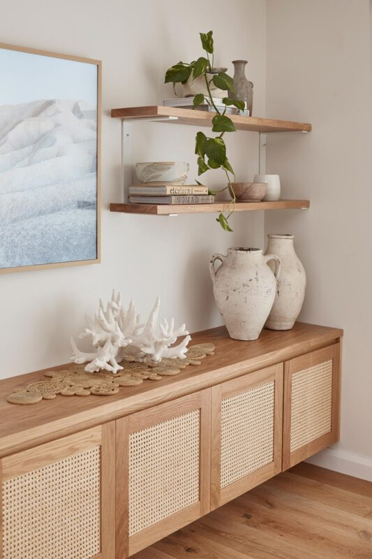 Pacific Entertainment unit in American Oak timber